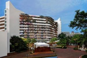 AVANI Pattaya Resort & Spa 5*