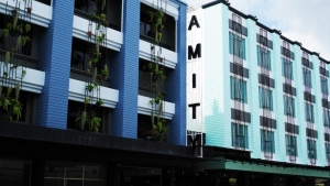 Amity Poshtel 2*