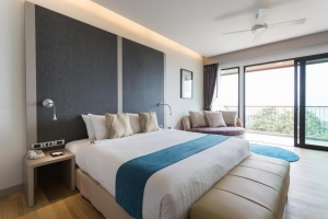 Aonang Cliff Beach Suites & Villas 4*