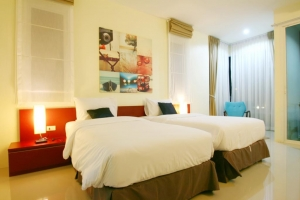 Apo Hotel 3*