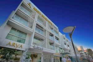 Araya Beach Hotel Patong 4*