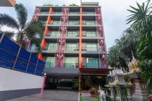 Baannilrath Hotel 3*