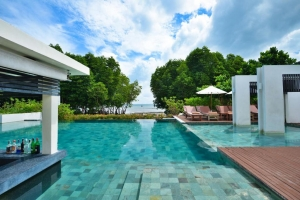 Bhu Nga Thani Resort & Spa 4*