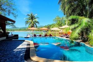 Cyana Beach Resort 3*
