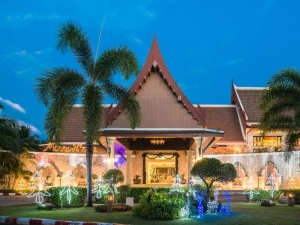 Deevana Patong Resort & Spa 4*