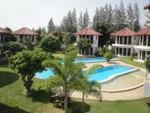 Mango Spa Country Club 3*