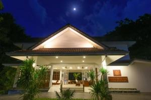 Paradise Beach Resort by Variety Hotels 4*