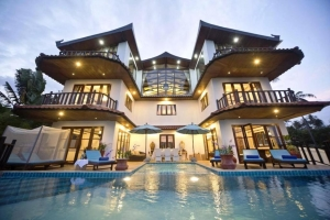 Paradise Island Estate 4*