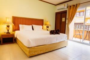 Thipurai Beach Hotel 2*