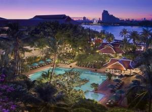 Anantara Riverside Bangkok Resort 5*