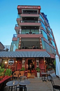 Baan Wanglang Riverside, Bangkok 3*