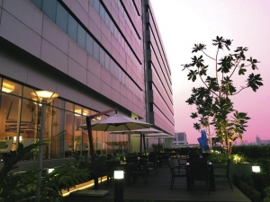 Centra by Centara Government Complex Hotel & Covention Centre Chaeng Watthana 4*