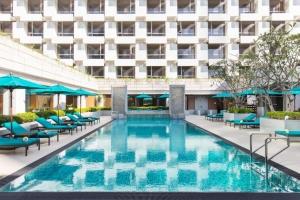 Holiday Inn Bangkok 4*