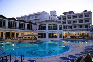 MinaMark Beach Resort 4*