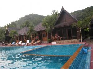 Tommy Resort 3*