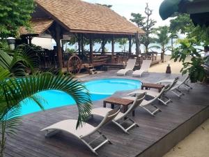 V-View Beach Resort 2*